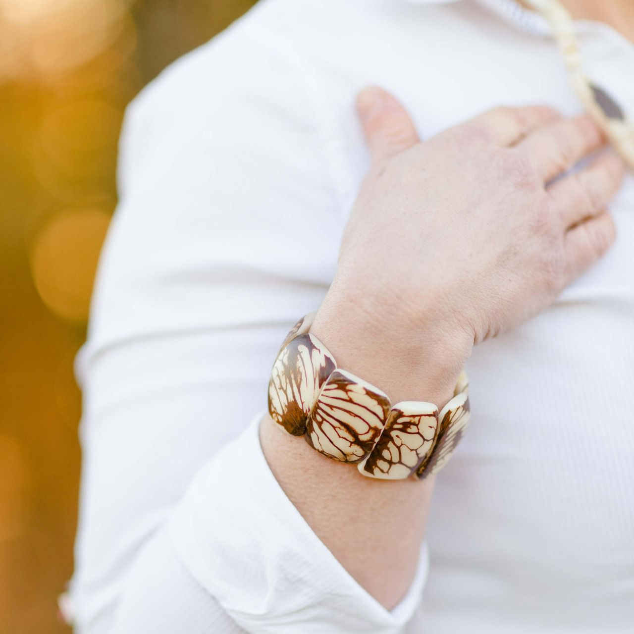 belle qualité soldes dernière collection Bracelet manchette naturel poli en ivoire végétal