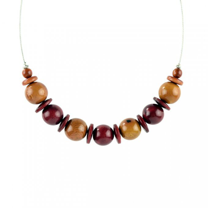 collier perles de tagua marron bordeau