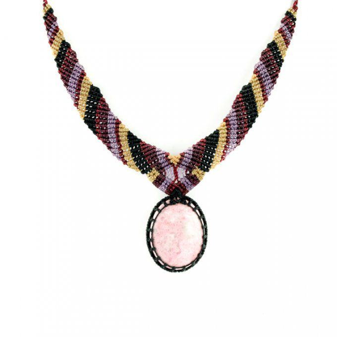 Collier pierre naturelle rhodonite rose et macramé