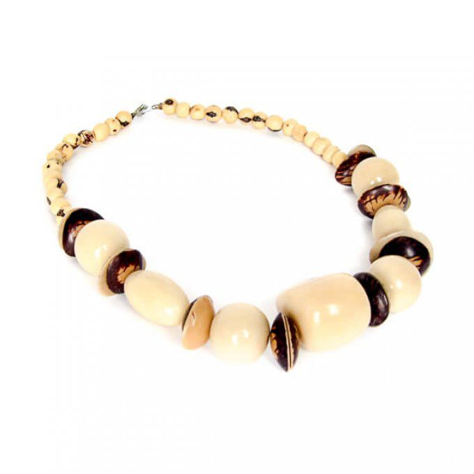 Collier artisanal naturel