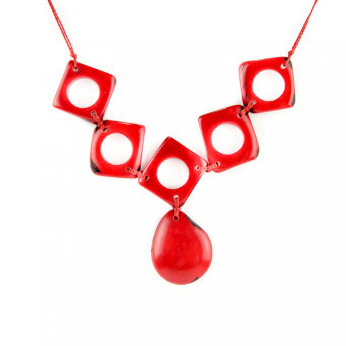 collier fantaisie artisanal tagua rouge